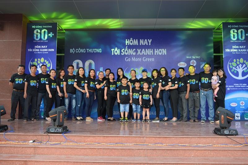 PC Bình Định: Hưởng ứng chiến dịch Giờ Trái đất 2018