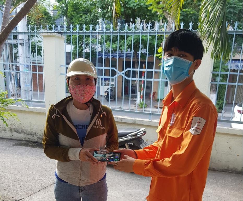 Thợ điện Đà Nẵng nhiều lần trả lại tài sản cho người đánh rơi