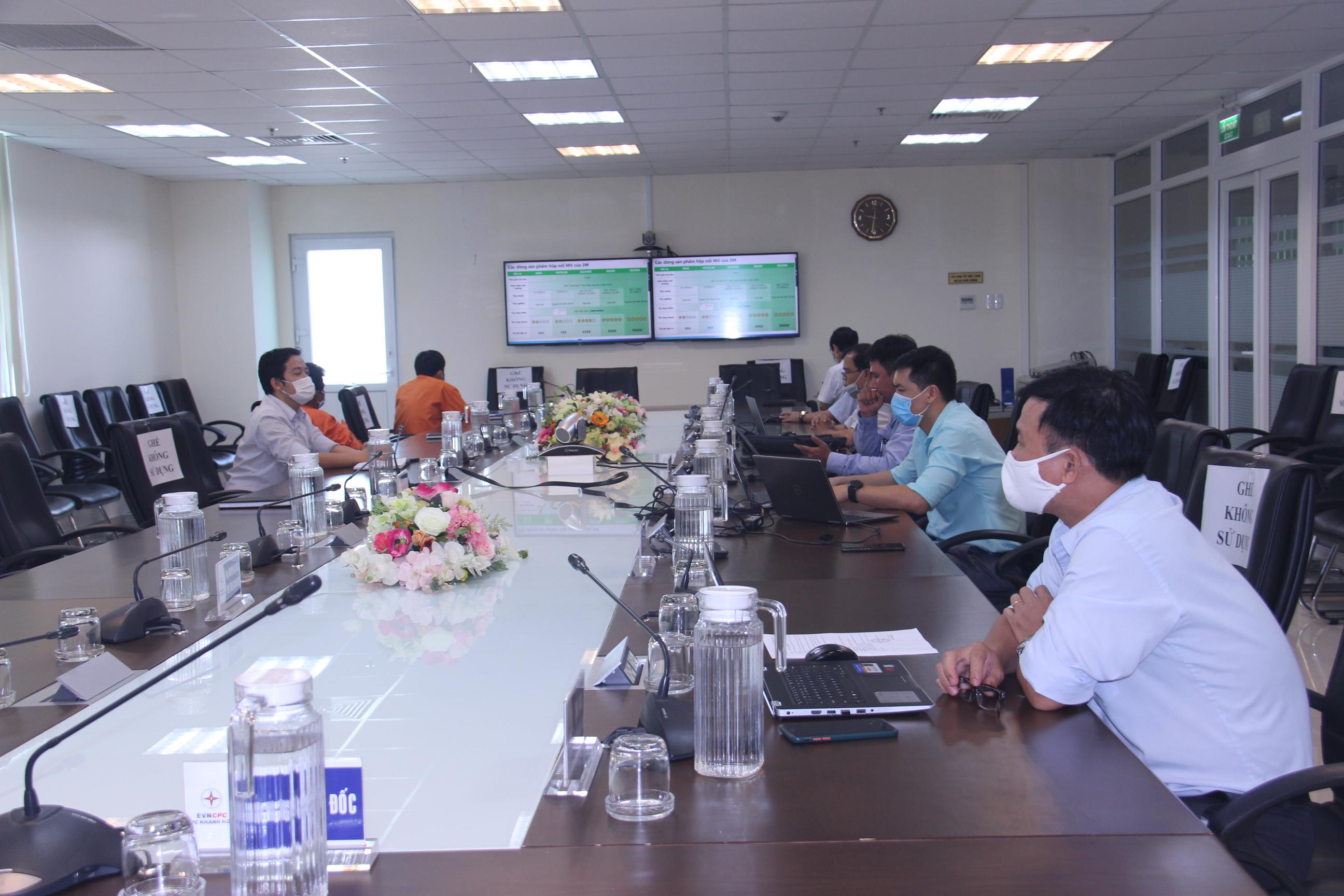 PC Khánh Hòa: Hội thảo trực tuyến về hệ thống cáp ngầm