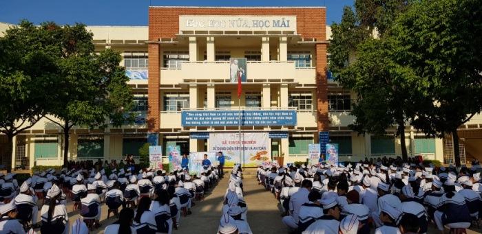 PC Gia Lai:  Tích cực tuyên truyền sử dụng điện tiết kiệm và an toàn trong trường học, cổ động hưởng ứng Giờ Trái đất 2018
