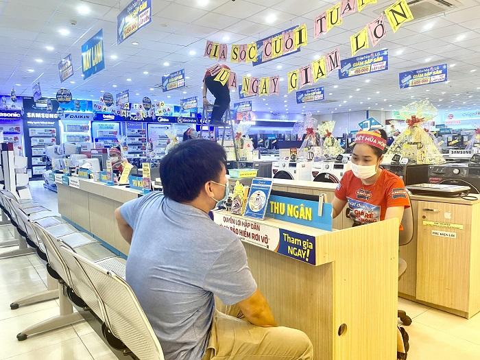 PC Quảng Bình: Triển khai thu tiền điện qua điểm thu cố định các tổ chức trung gian