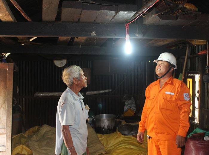 Gia Lai: Ngành điện góp phần quan trọng xây dựng làng nông thôn mới vùng đồng bào dân tộc thiểu số