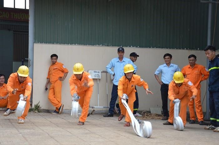 PC Đắk Nông: Luôn đặt ATVSLĐ lên hàng đầu