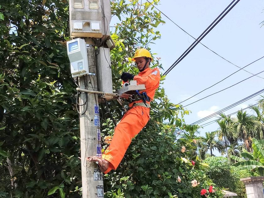 Phát hiện được hơn 12.500 vụ vi phạm sử dụng điện tại Quảng Ngãi