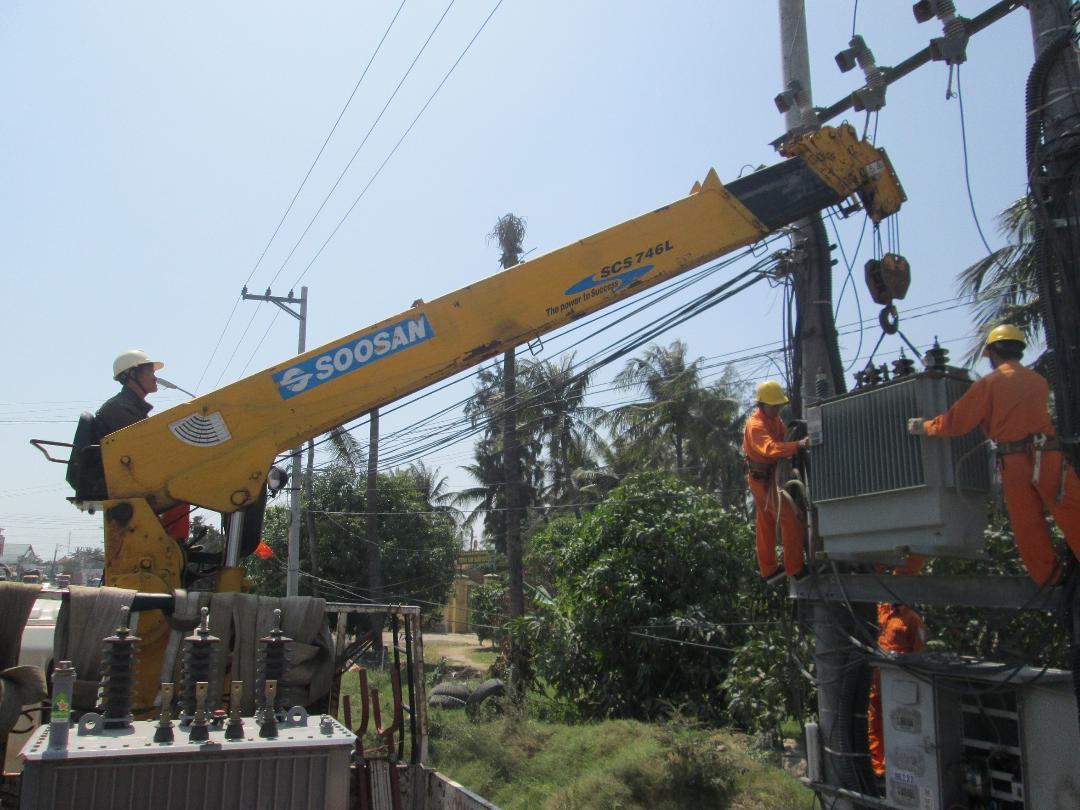 PC Khánh Hòa đảm bảo nguồn điện phục vụ Tết Nguyên đán Kỷ Hợi 2019