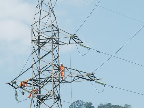 Tổng giám đốc EVNCPC phát động thi đua phấn đấu không xảy ra sự cố lưới điện 110kV