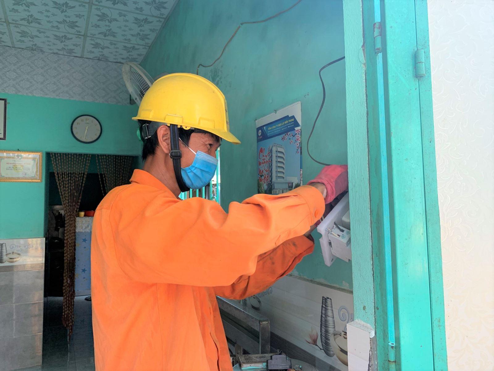 PC Đà Nẵng: Nhiều hoạt động thiết thực hỗ trợ khách hàng mùa nắng nóng